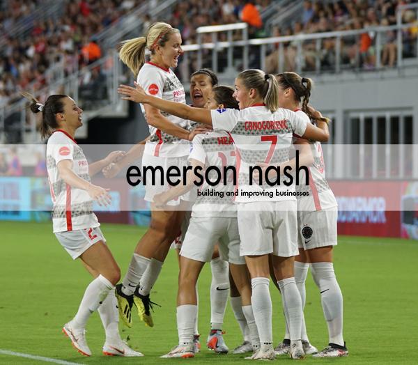 Girl teamw logo 600